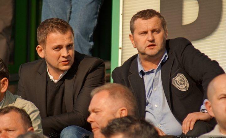Konrad Piechocki (po prawo) zastąpił na stanowisku Prezesa Zarządu Marcina Szymczyka (po lewo)
